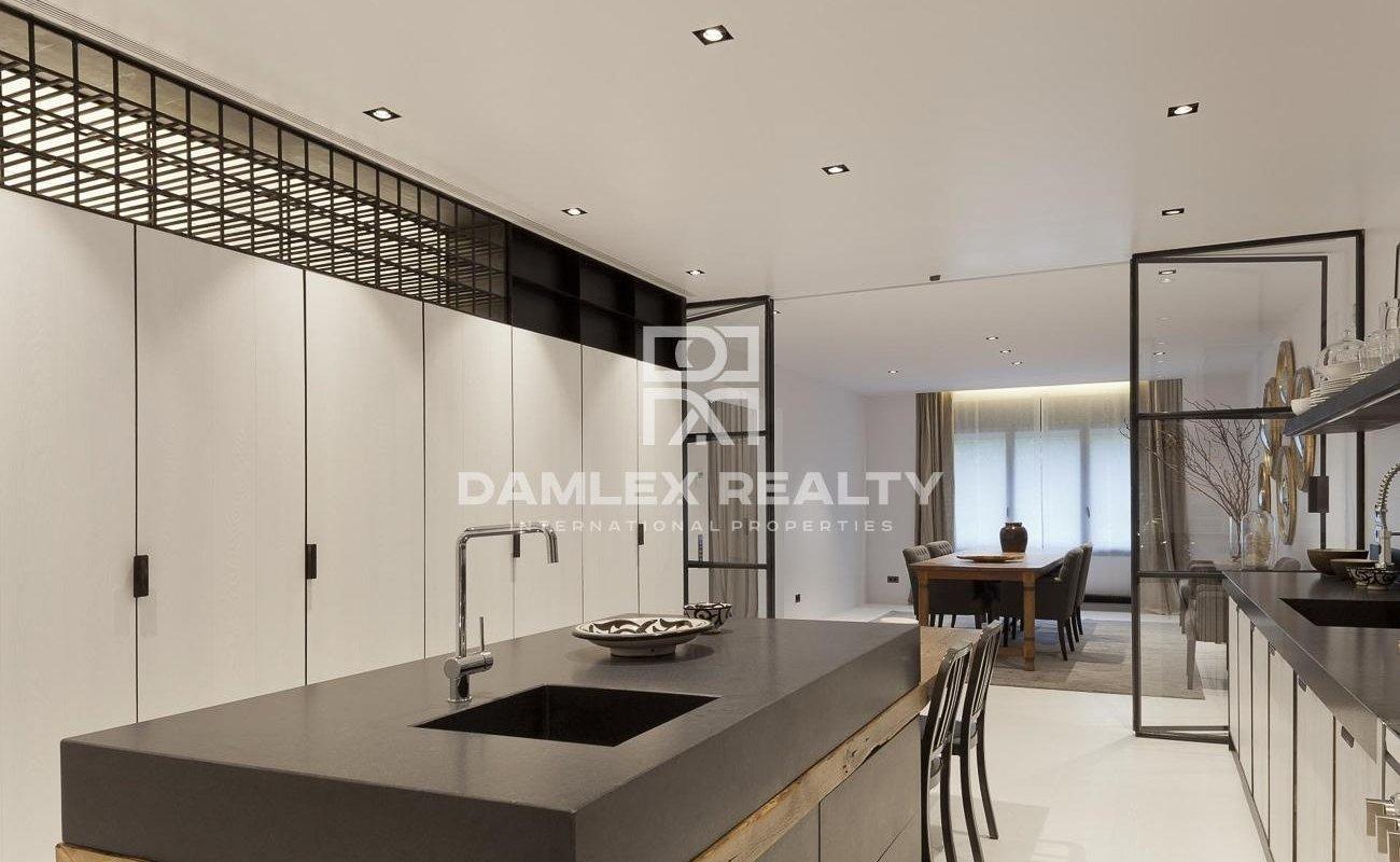 Spacious apartment near Turó Park, Barcelona,