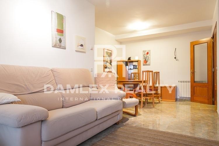 Apartments in Lloret de Mar near sea.
