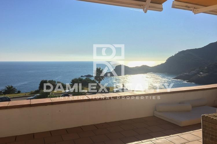 Apartments with sea views in Begur.