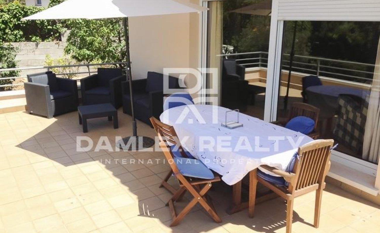 Villa with a plot of 1000 m2 with sea views. Costa Brava