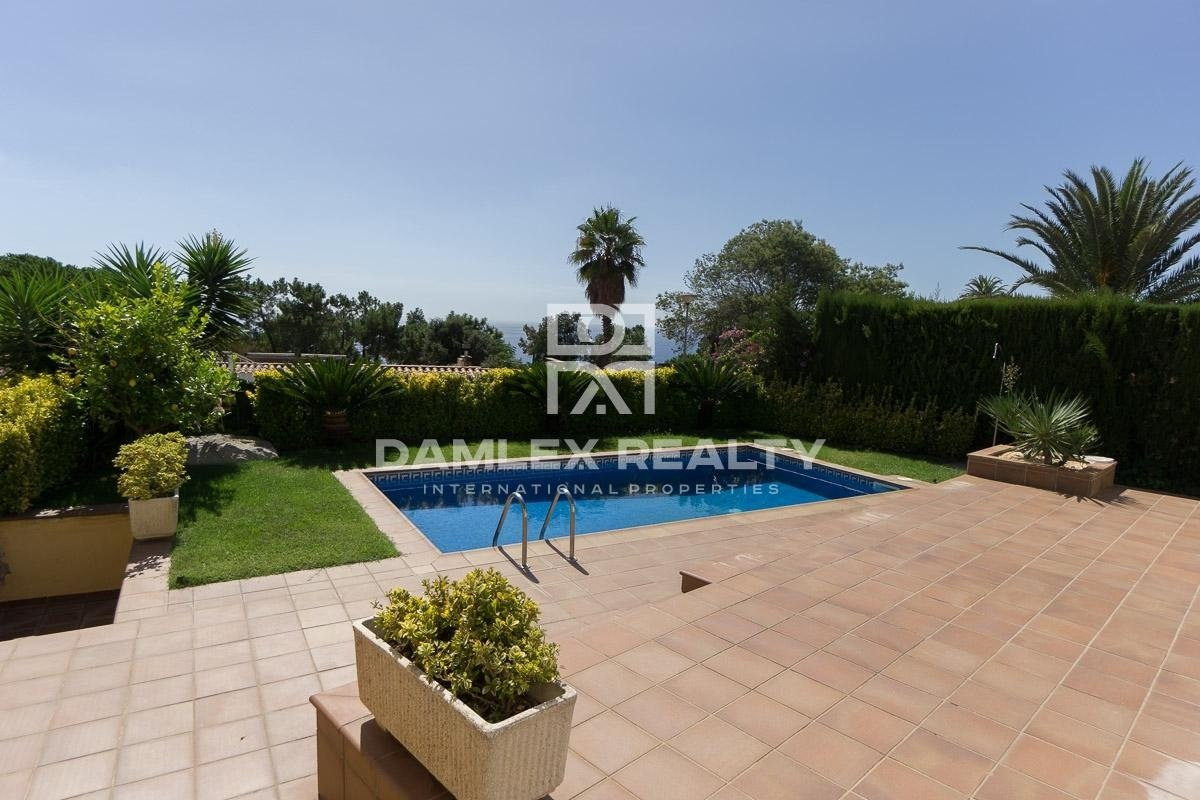 Villa with sea view in Lloret de Mar