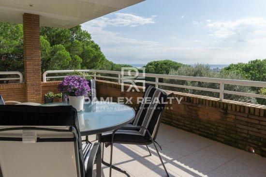 Villa with sea views in Cabrera de Mar