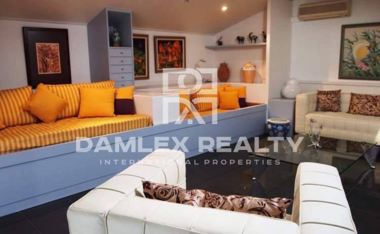 Townhouse with sea views in Lloret de Mar