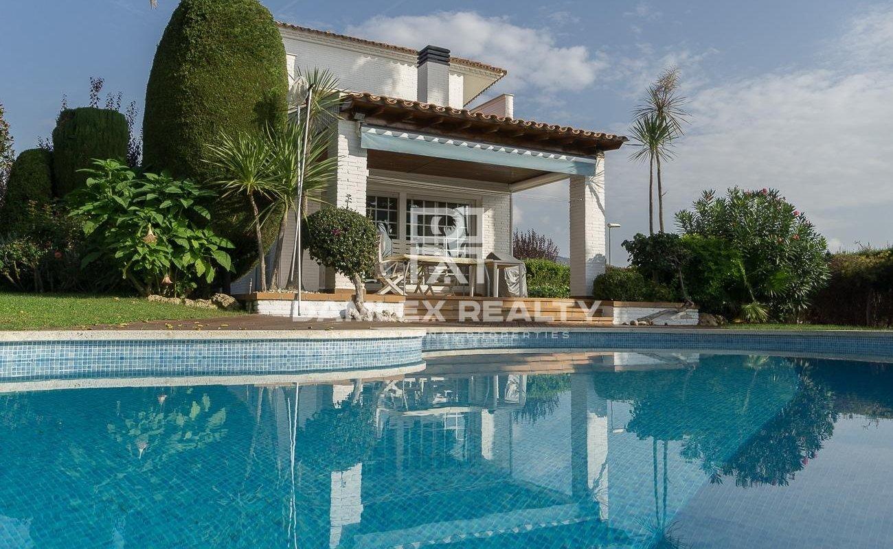 Villa in the area of Can Teixido in Alella