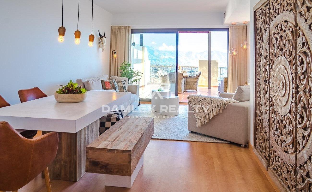 Apartment with sea views in Cala de Mijas
