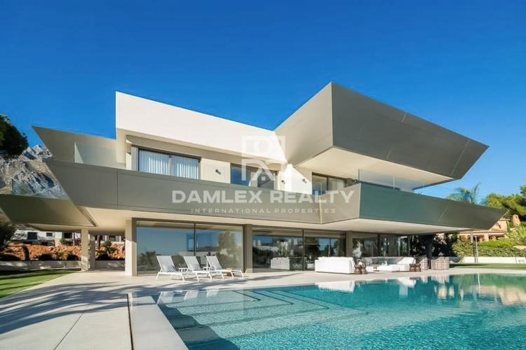 New villa in the area of the Golden Mile, Marbella