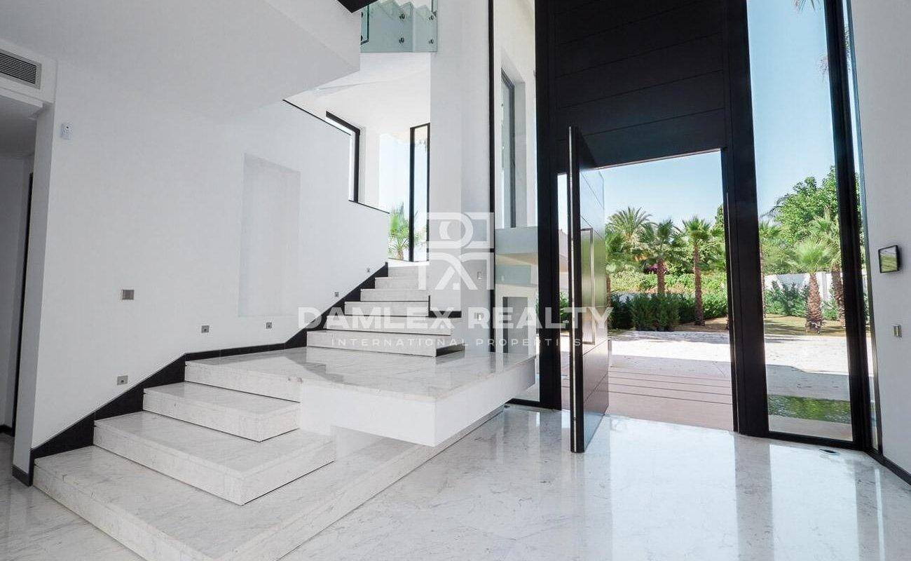 Luxury villa near the beach.
