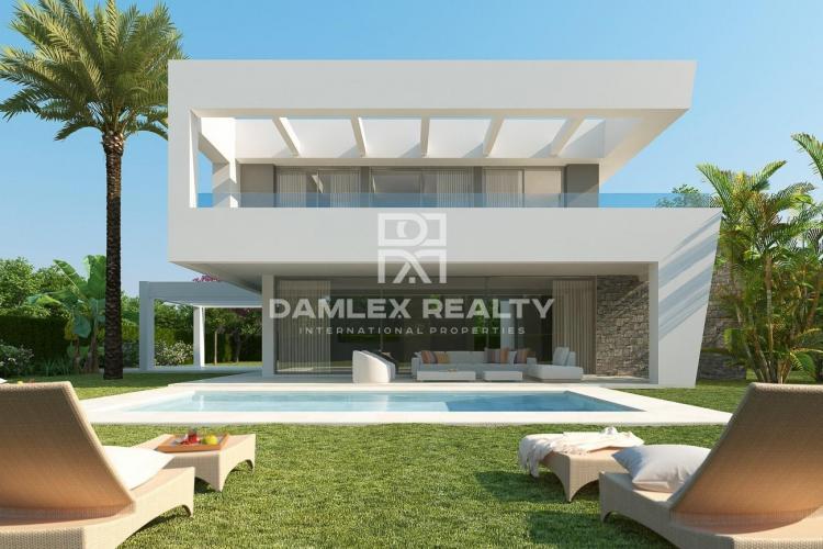 Project of modern villas. Marbella Costa del Sol.