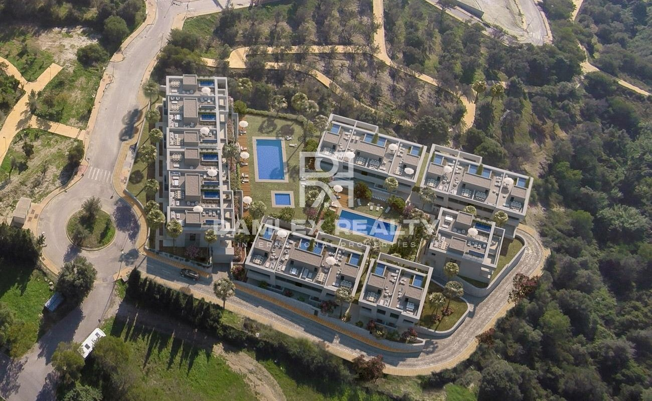 Last townhouse for sale in an exclusive complex