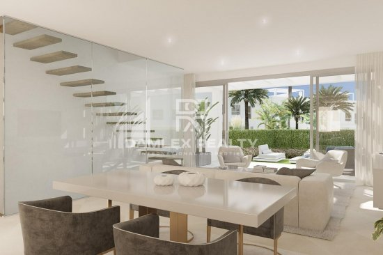 New townhouses on the Costa del Sol