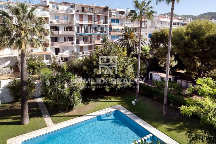 Apartment with 4 rooms, for sale in Sitges, Barcelona South Coast