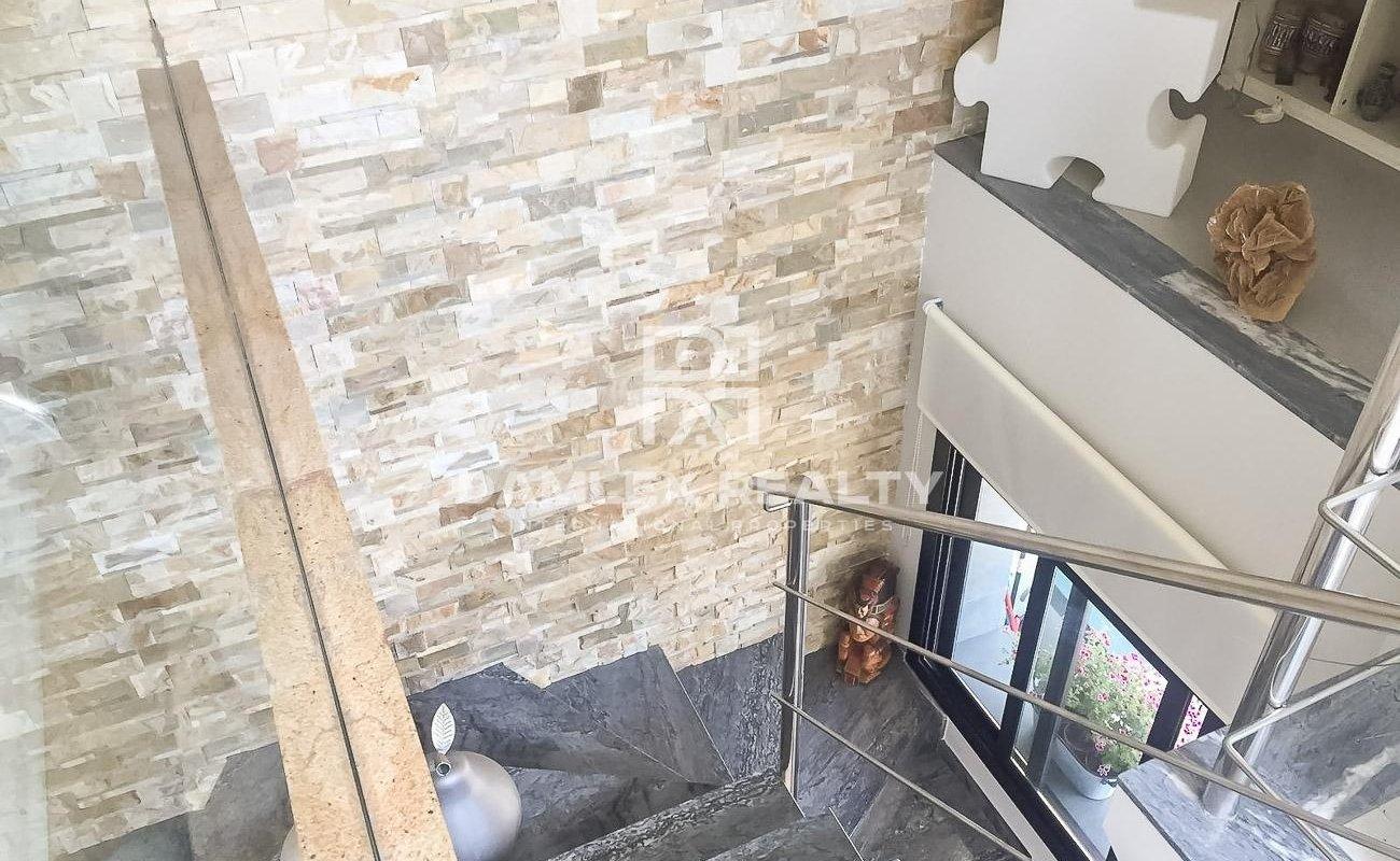 Renovated apartment in the attic. Costa Brava