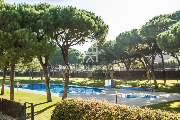 Apartment 350 meters from the beach in Gava Mar