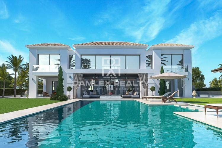 Luxury villa under construction 100 meters from the sea, Costa del Sol