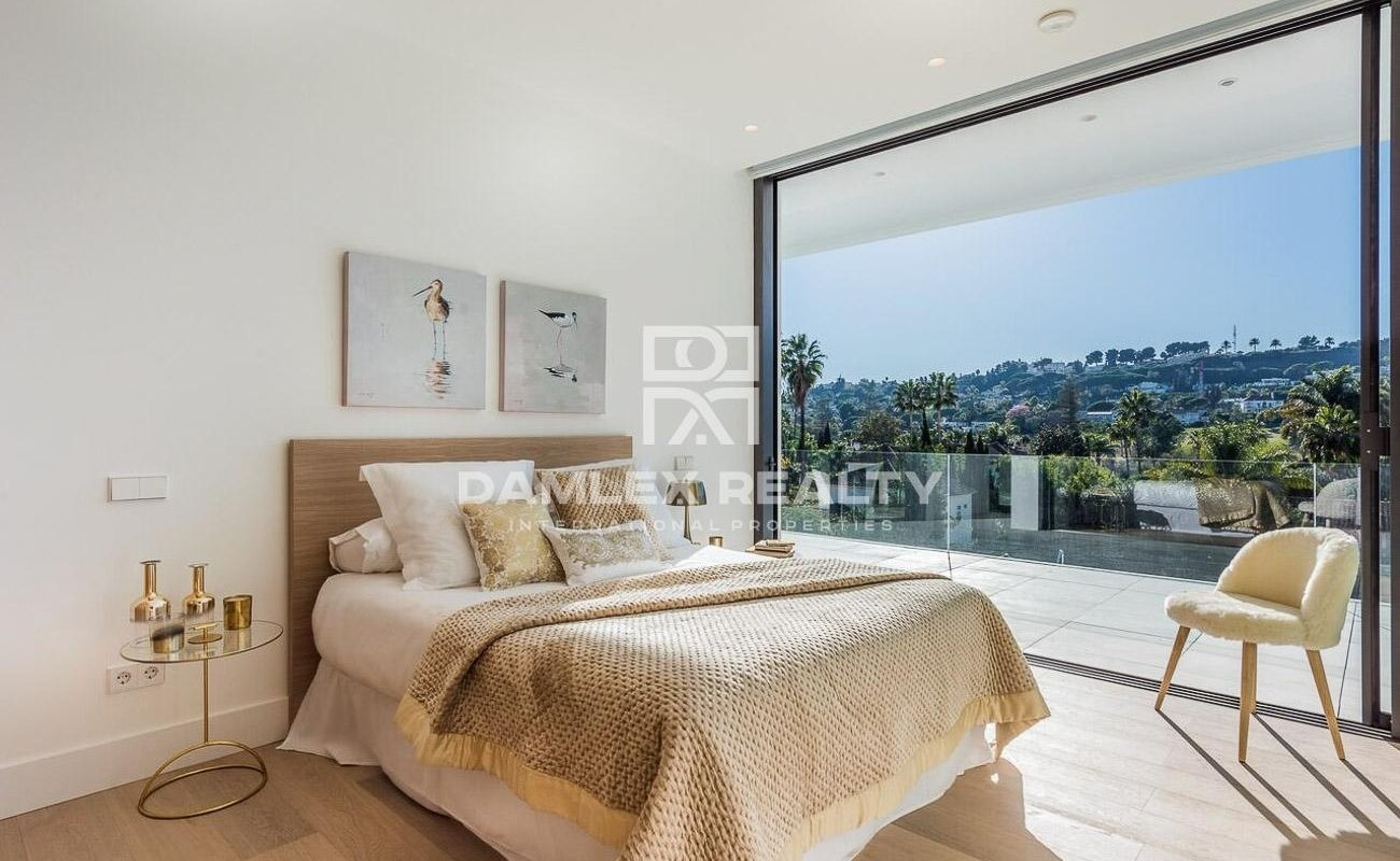Luxury villa in the prestigious area of Marbella