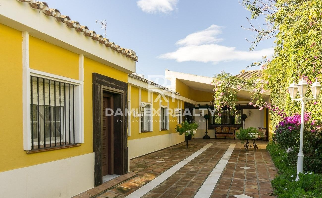 Villa 100 meters from the sea on the Costa del Sol.