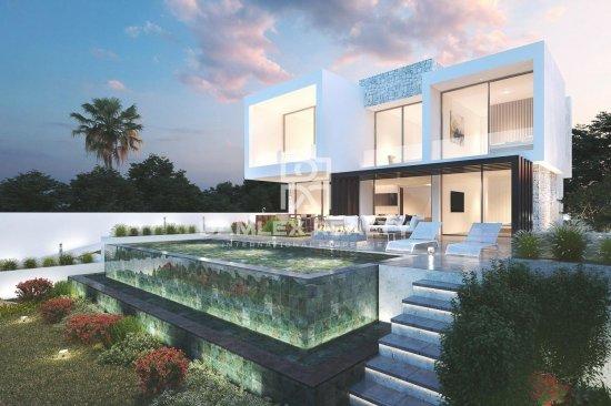 New complex of 7 villas with sea views. Mijas