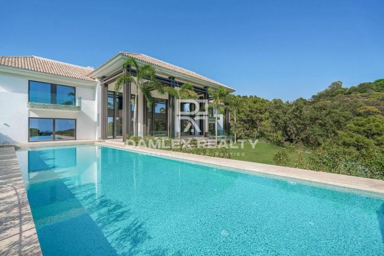 Villa in the elite urbanization of La Zagaleta, Benahavis