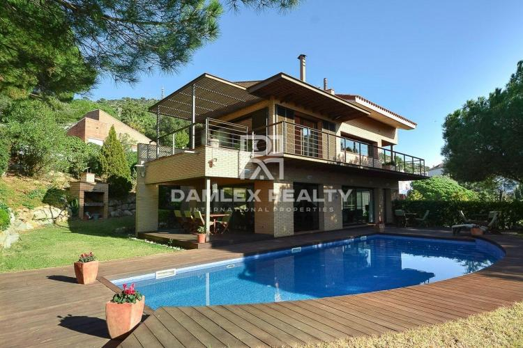 Beautiful villa in Cabrils