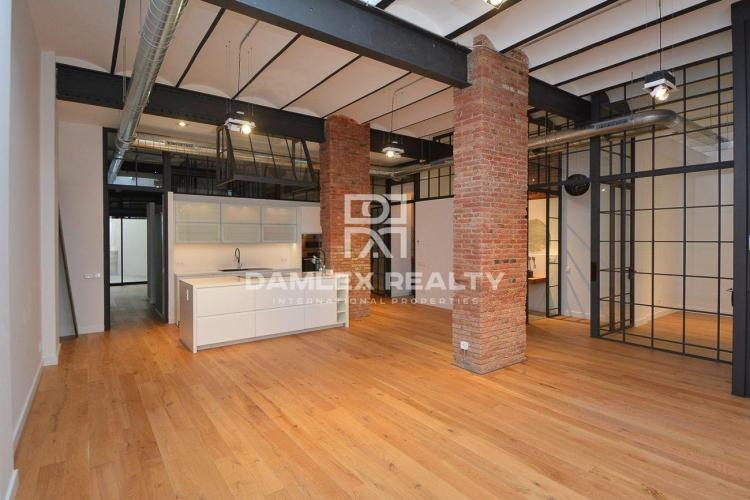 Apartment with renovation in the San Gervasi