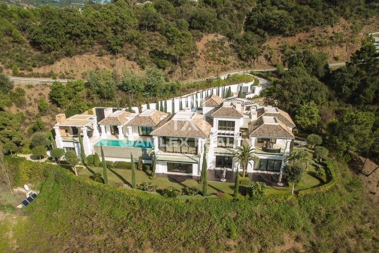 Villa in the best urbanization of Marbella