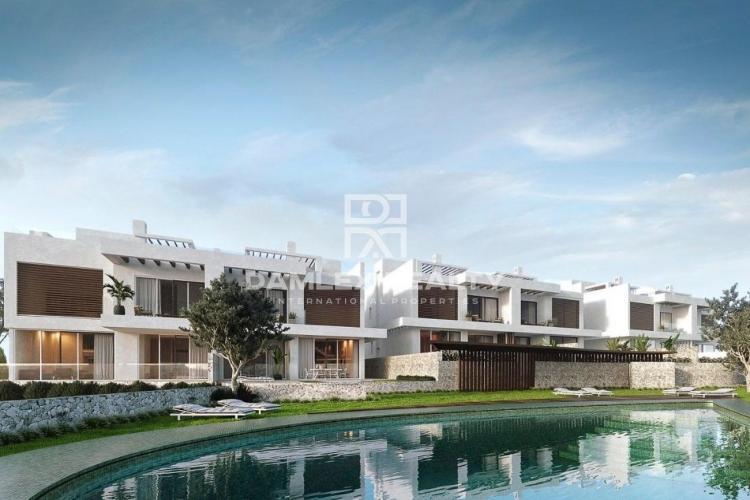 New villa in Marbella with sea views