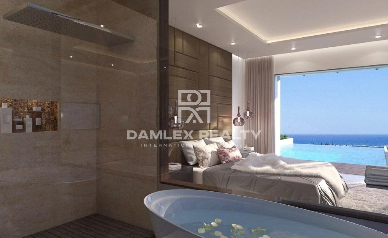New villas with stunning sea views in Estepona