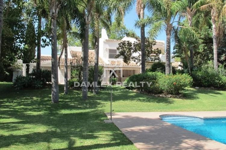 Villa in Marbella in the famous area of Rio Real