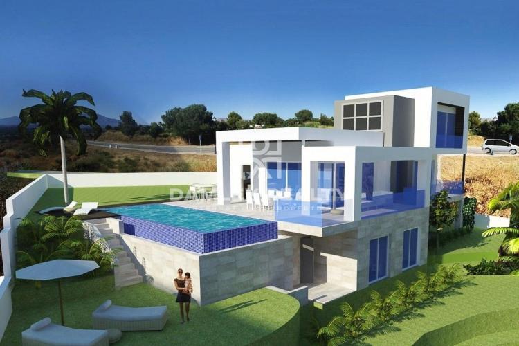 Villa in La Cala Golf Resort. Mijas