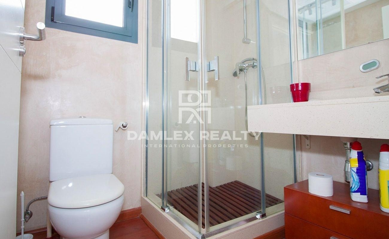Villa with sea views in the urbanization of Sitges