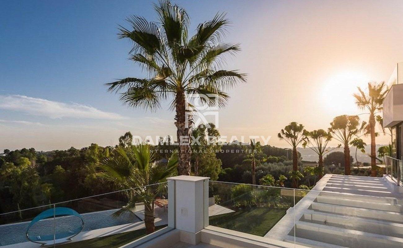 Luxury villa in a prestigious area of Marbella