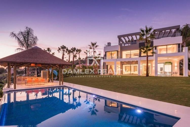 Luxury villa in a prestigious area of Marbella