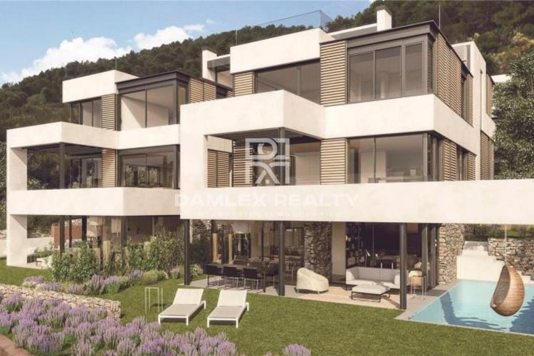 New modern villa in the prestigious area of Barcelona
