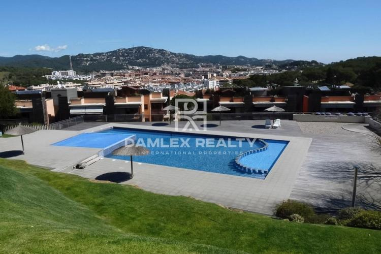 Sale of apartments in the best complex of Lloret de Mar
