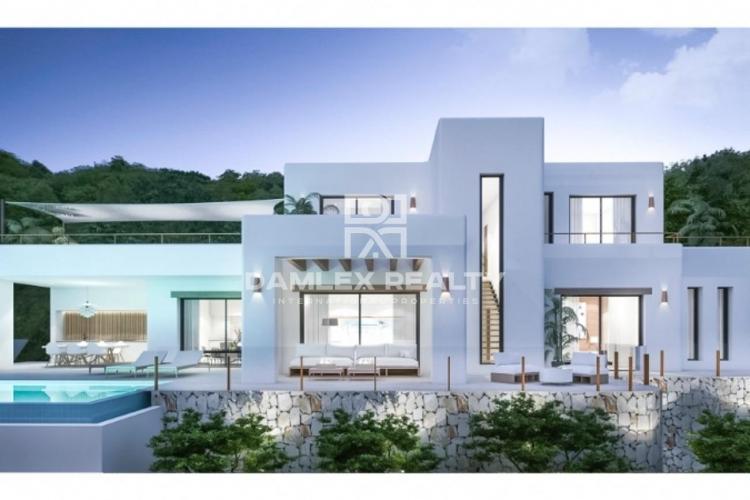 Villa with pool for sale in Moraira, Costa Blanca