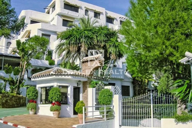 Apartment - duplex in Marbella in a complex