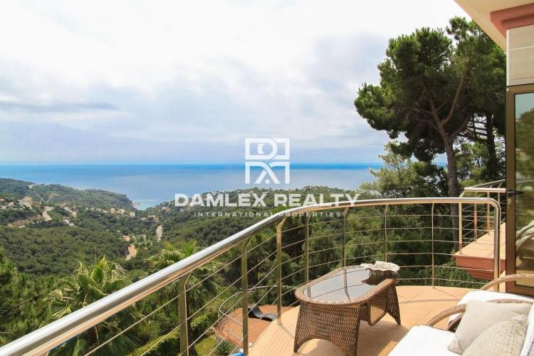 Luxurious villa with panoramic sea views. Lloret de Mar