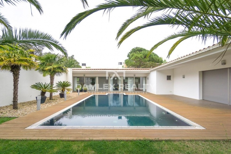 Luxury villa in the prestigious urbanization of Mas Nou, Playa de Aro
