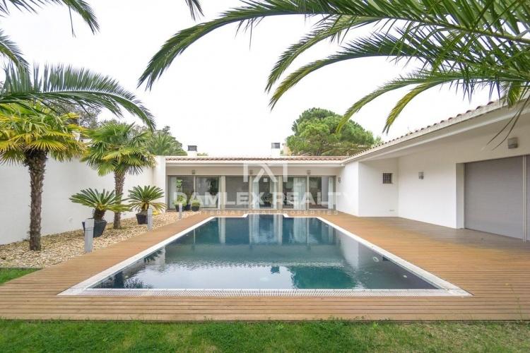 Luxury villa in the prestigious urbanization of Mas Nou, Playa de Aro
