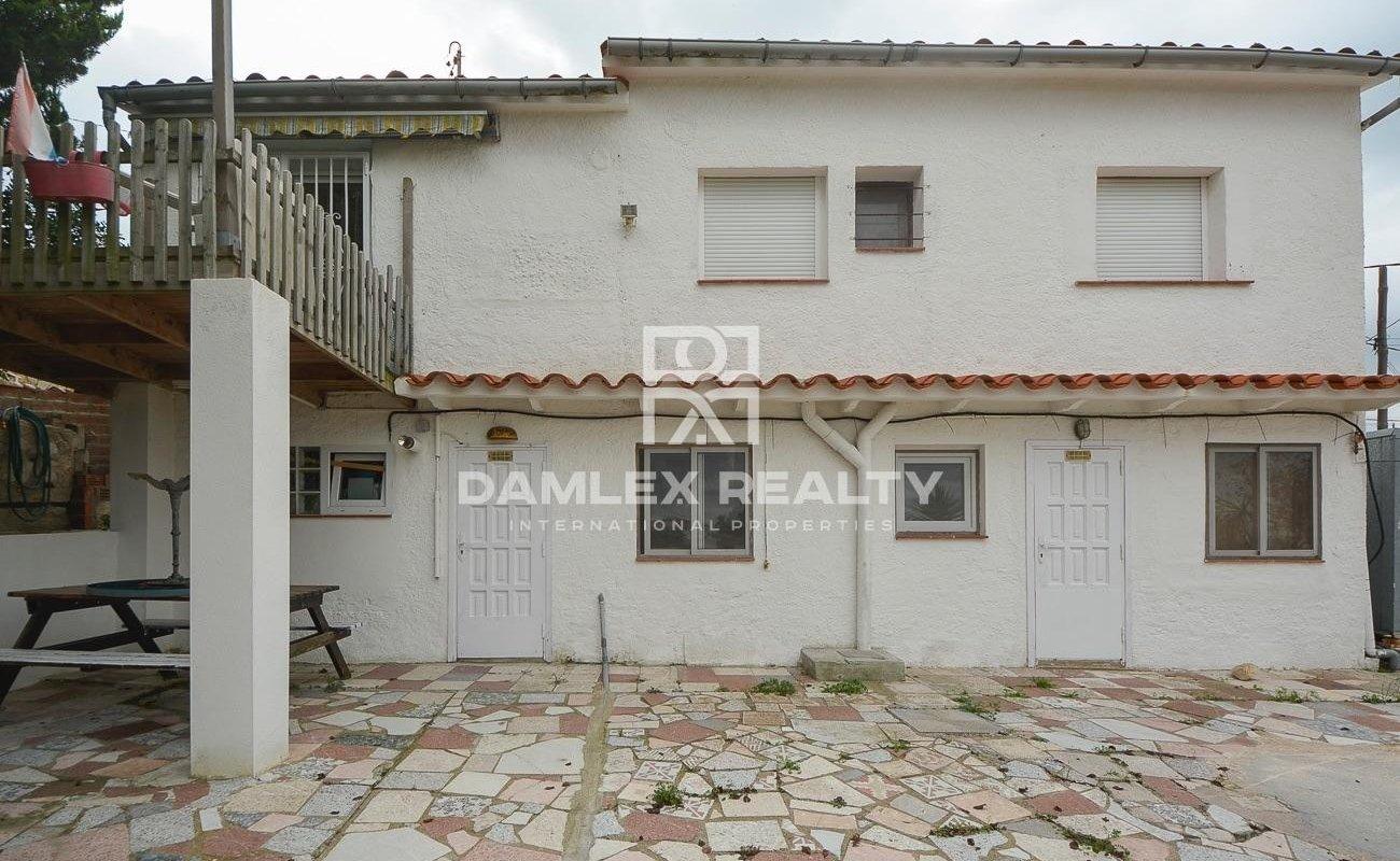 House in urbanization of Lloret de Mar