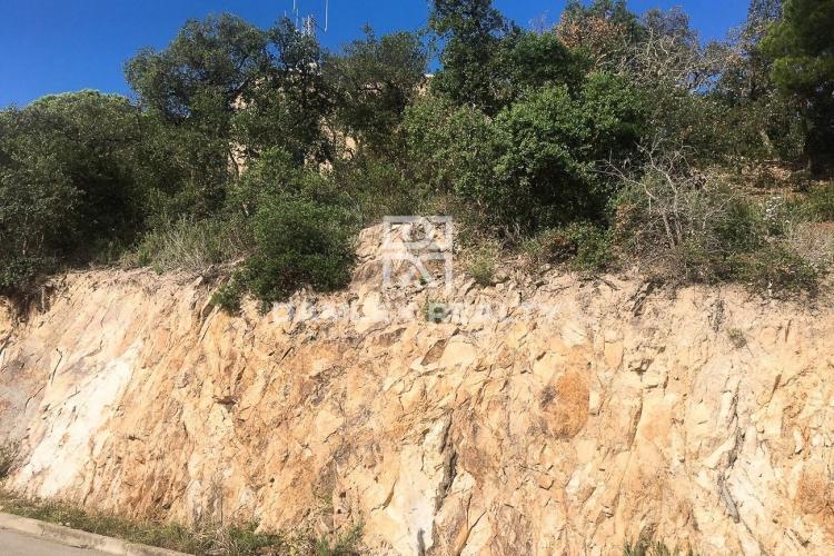 Building land in Lloret de Mar.