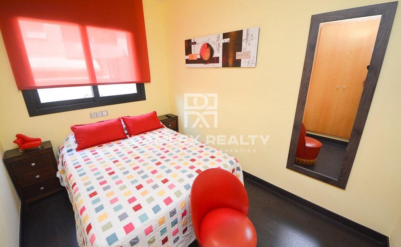 Beautiful apartment in Fenals