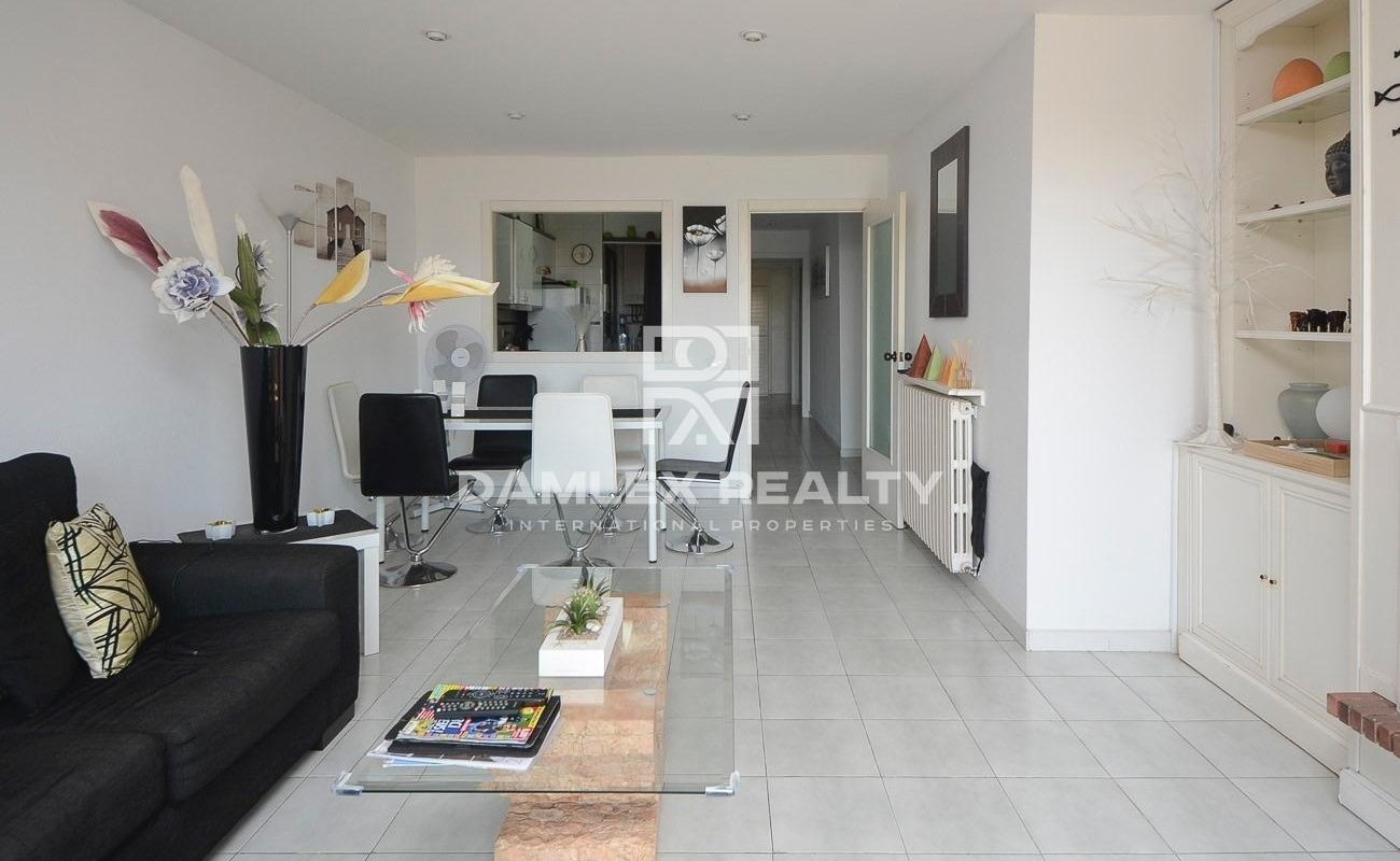 Apartment with a privileged location and sea views