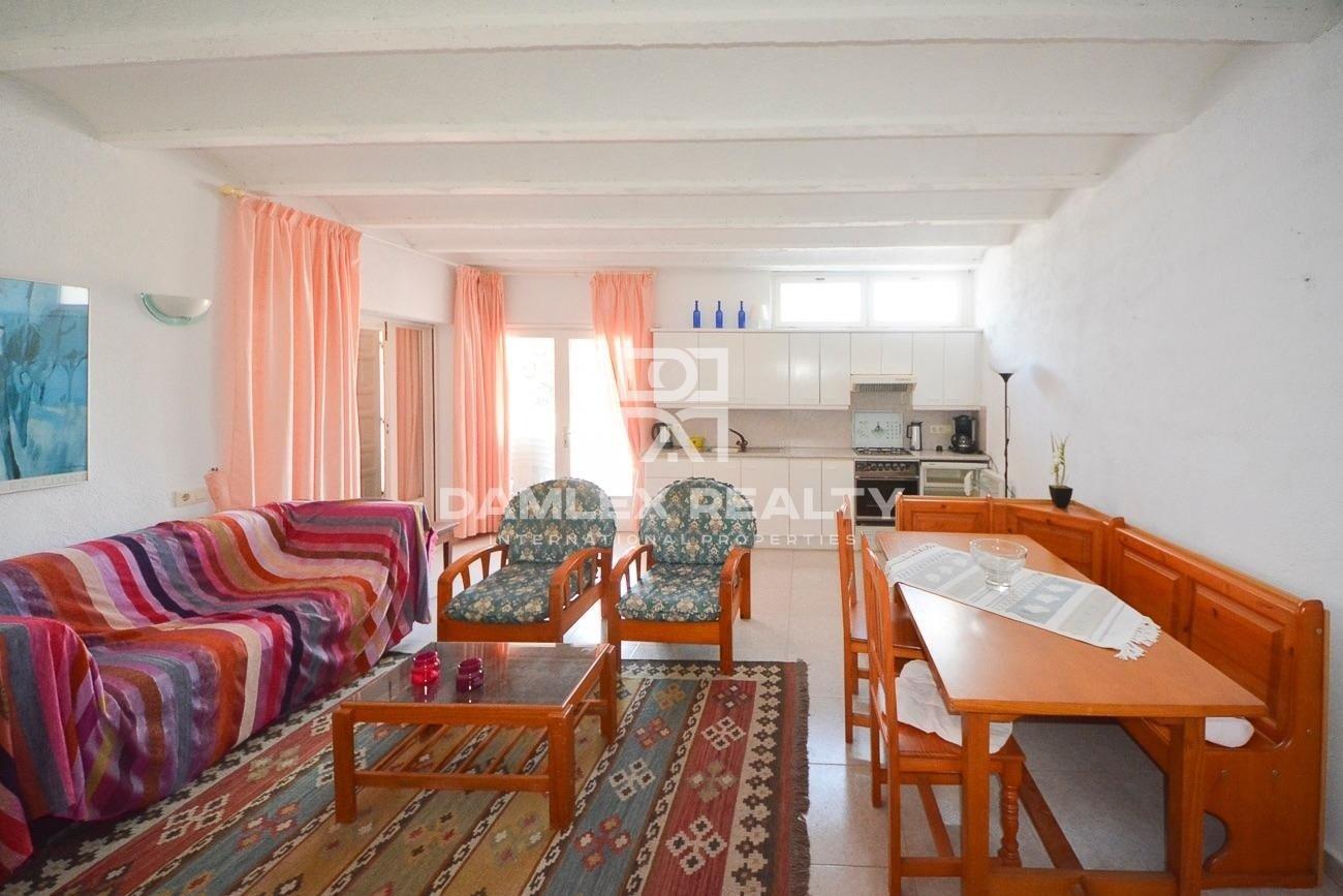Spacious house with sea and mountain views costa Brava