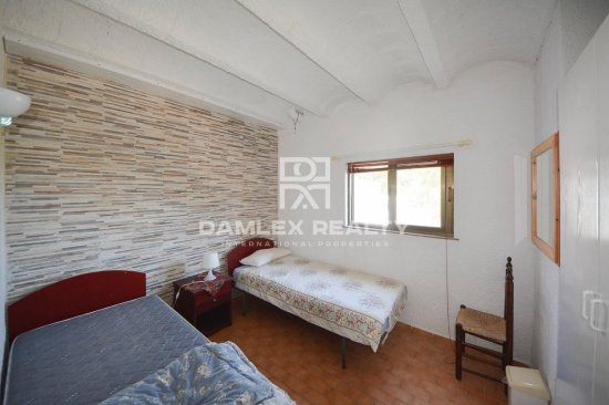 Spacious house with sea and mountain views costa Brava