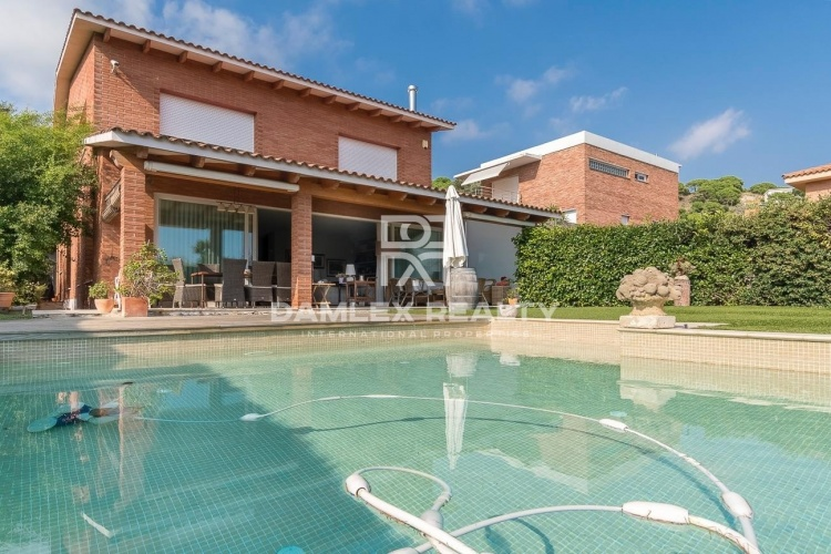 A beautiful house,15 minutes from Barcelona
