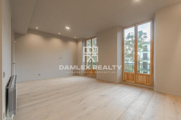 Apartment in the center of Barcelona with views of Las Ramblas