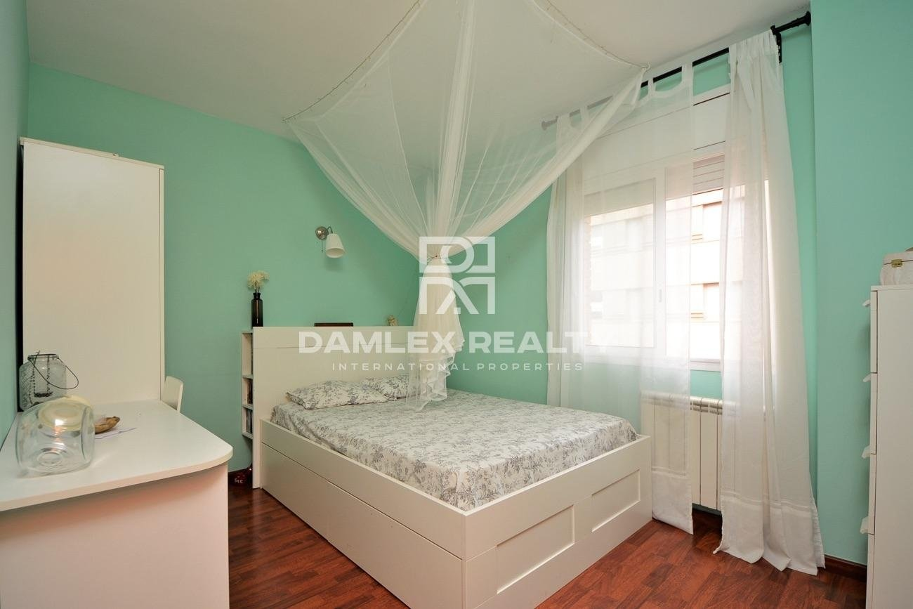 Beautiful 3 bedrooms apartment in a recent residence in Fenals