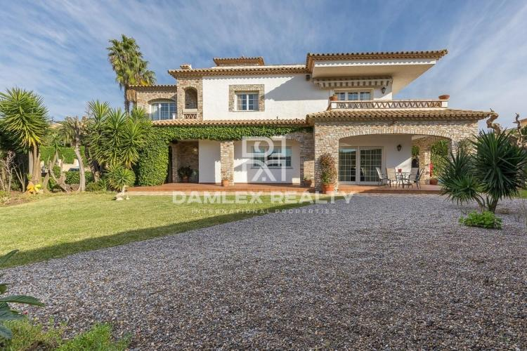Villa within walking distance of the beach in Playa de Aro