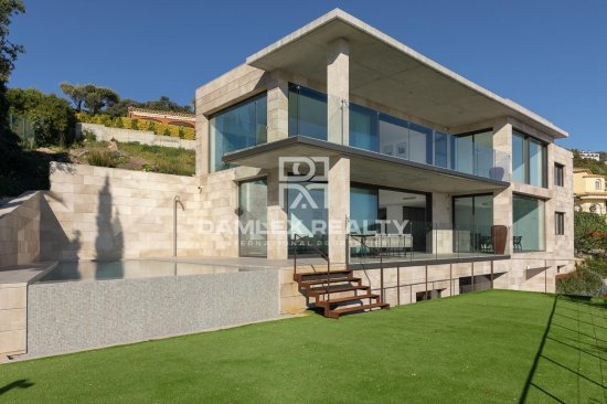 New construction house with stunning views